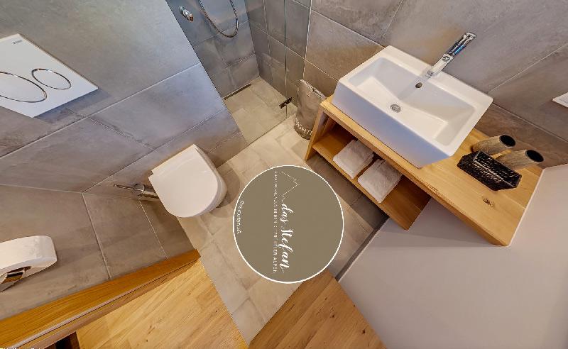 marmor boden fliesenstudio tirol. Black Bedroom Furniture Sets. Home Design Ideas