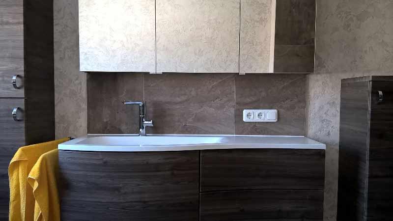 modernes bad fliesenstudio tirol. Black Bedroom Furniture Sets. Home Design Ideas